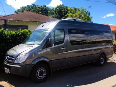 ハワイ貸切チャーターツアー:メルセデスベンツ・ミニバス